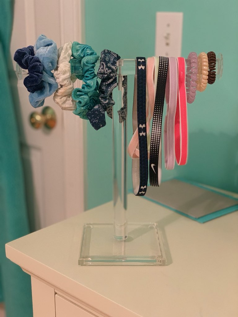 Acrylic Jewelry Display Schruchy Holder United Products Llc